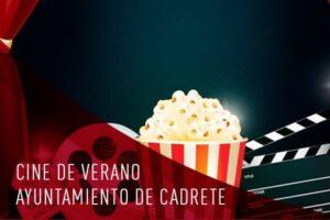 Imagen de entradas de cine y palomitas de maíz